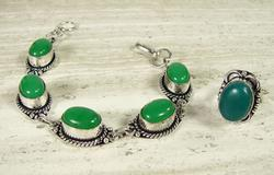 FASCINATING ETHNIC HANDMADE GEMSTONE SILVER TONE SET