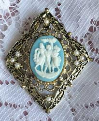 Lovely, 'Three Graces' Blue & White Cameo Brooch