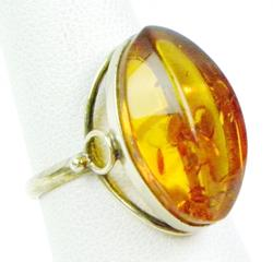 Stellar Russian 9CT Gold Domed Amber Vintage Ring