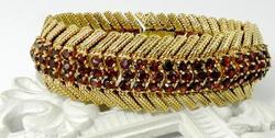 Vintage Heavy 14kt Gold Garnet Bracelet