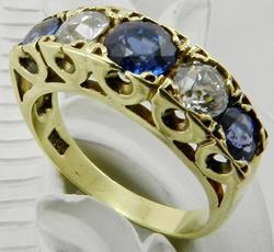 Jewelry: Vintage & Antique