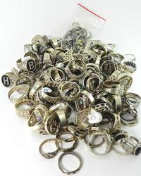 Jewelry: Vintage & Sterling Silver