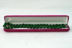 Splendid Soviet Green Bead Necklace