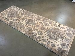 Magnificent Vintage Reproduction Design 3X8 Runner