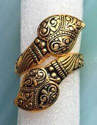 Lovely, Spanish Damascene 'Ring'