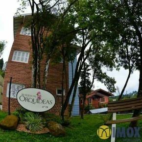 Apartamento em Gramado, bairro Dutra