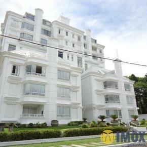 Apartamento em Gramado, bairro Bela Vista