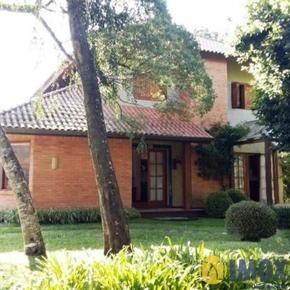 Casa em Canela, bairro Laje De Pedra