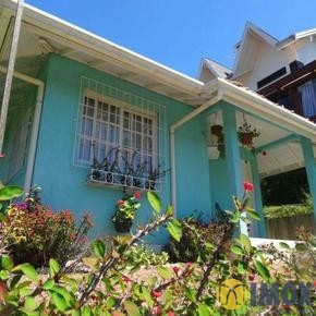 Casa em Gramado, bairro Vale Das Colinas