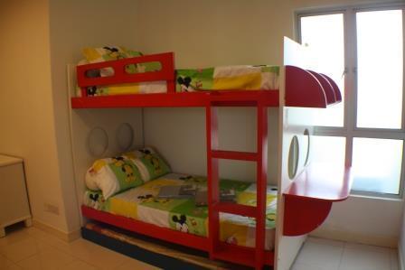 Msq_f-01-02_(bedroom_2)