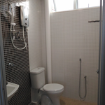 P_20161020_154558_master_bedroom_toilet