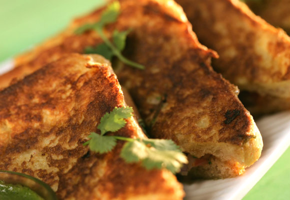 how to make french toast without eggs in hindi