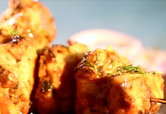 How to make chicken tikka ifn india food network india recipesappetiserssnackslight bites forumfinder Images