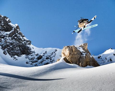 Indi skier   amplid   julien lange by david malacrida