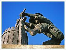 Statue of Man crushing Grapes to make Wine, Napa Valley, California