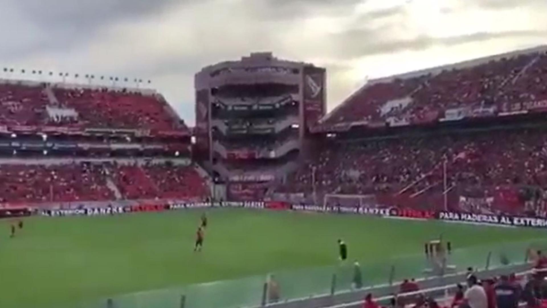 Insultos a Mauricio Macri en el fútbol: ¿una reacción paranoica o ...