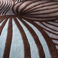 Leaf in Fossil & Glacier Hand-Tufted Wool Rug