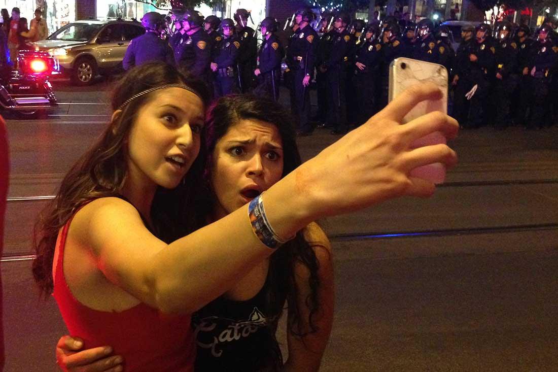 Cover selfie
