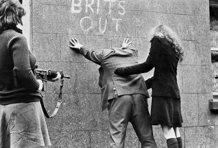 Photos of Women IRA Fighters T...