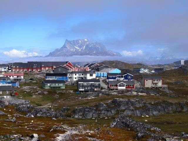 Travel to Kalaallit Nunaat, (Nuuk)