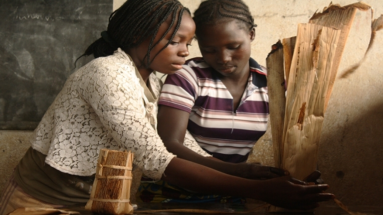Girls making tree planters Photo: Gorongosa National Park Photo Gallery