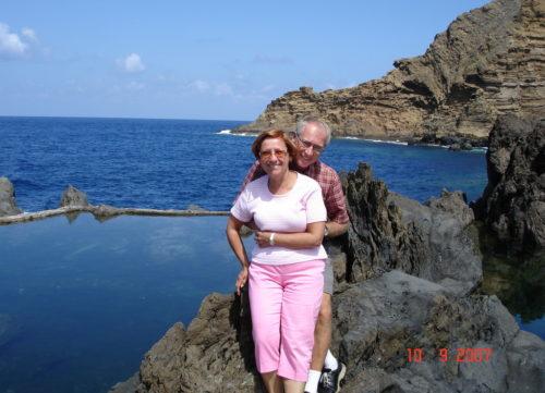 10 septembre 2007, au bord d'une piscine naturelle à Porto Moniz sur l'île de Madère au Portugal.
