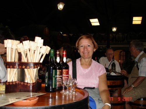11 septembre 2007, Céline participe à une dégustation de vin de Madère, à Funchal au Portugal.