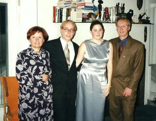 Le temps passe... Fin 1999, notre fils se fiance avec Caroline Boudreau!