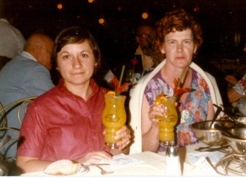 Céline et Jacqueline, février 1982