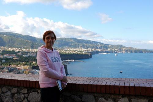 Le 7 octobre 2008, Céline devant la baie de Naples