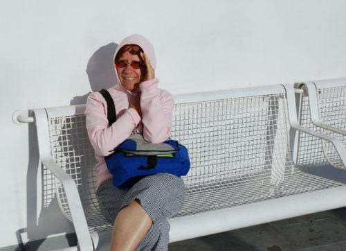 Le 9 octobre 2008, Céline sur le pont d'un bateau qui nous mène de la Calabra à la Sicile