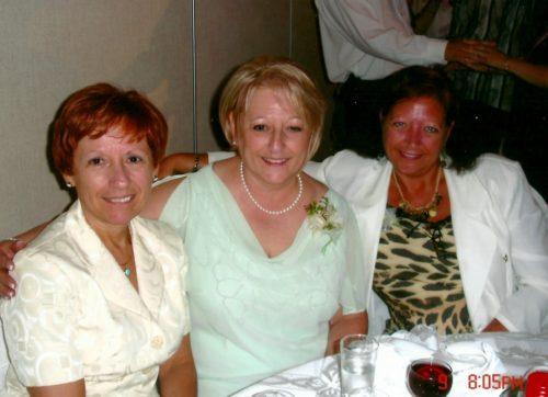 Céline, Micheline et Sylvie, lors du mariage Marc-André et Isabel, le 7 juillet 2007