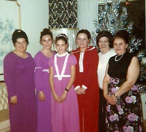 Quelques femmes de la grande famille des Pichette