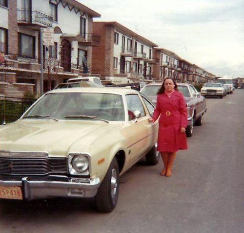 """Notre première automobile """"neuve""""! Une Dodge Aspen 1976!"""