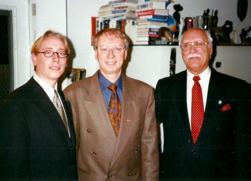 1999, photo des trois générations de Lanciault : mon fils, moi et mon père.