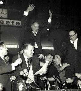 Puis vint un temps où il devient président du syndicat des fonctionnaires municipaux de la Ville de Montréal!