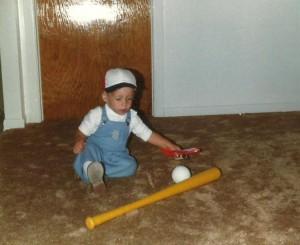 Septembre 1981... Marc-André attend son papa pour frapper des balles!