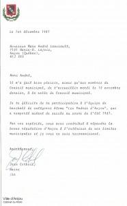 Médaille d'or qui a été accompagné par la suite d'une réception à l'Hôtel de Ville d'Anjou et d'une lettre de félicitations du maire Jean Corbeil!