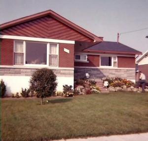 La maison familiale à Saint-Léonard... de Port Maurice à l'époque. Sise au 9115 rue Grandbois.