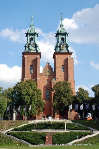 Gniezno et sa superbe cathédrale