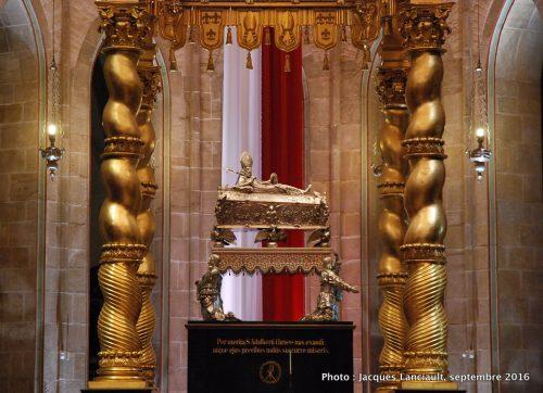Tombeau en argent massif de Saint Adalbert, cathédrale de Gniezno, Pologne