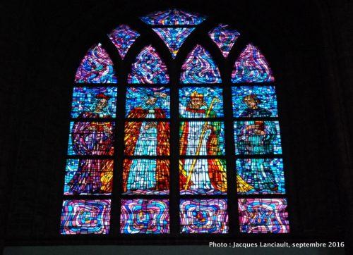 Vitraux de la cathédrale Saint-Pierre et Saint-Paul de Poznań, Pologne