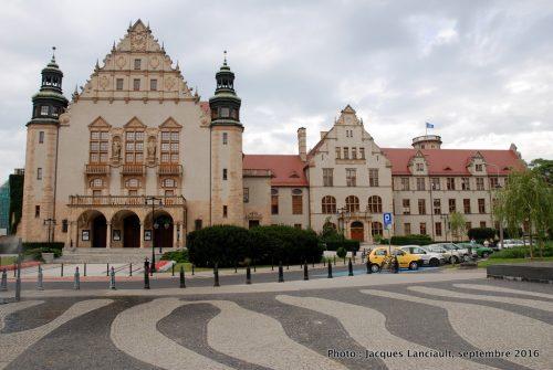 Centre administratif de l'Université Adam Mickiewicz, Poznań, Pologne