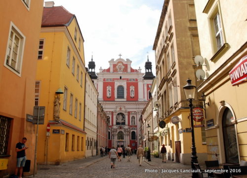 Église paroissiale Saint-Stanislas, Poznań, Pologne