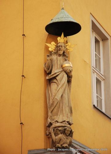 Statue d'un saint, Poznań, Pologne