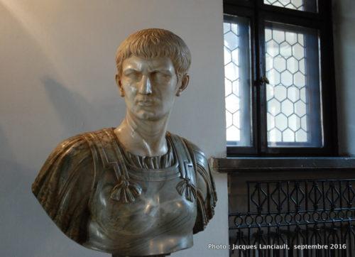 Buste de Caligula, Musée historique de la ville, Poznań, Pologne