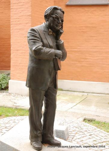 Edmund Jan Osmańczyk, parc de la colline de l'université, Opole, Pologne