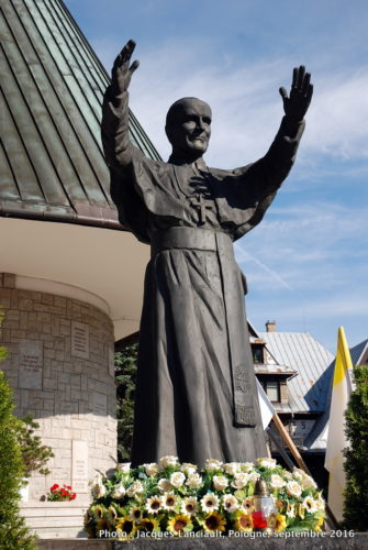 Statue de Jean-PaulII, Église Notre-Dame-de-Fatima, Zakopane, Pologne