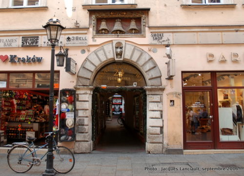 Pasaż Handlowy, Cracovie, Pologne