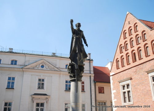 Monument Piotr Skarga, Cracovie, Pologne